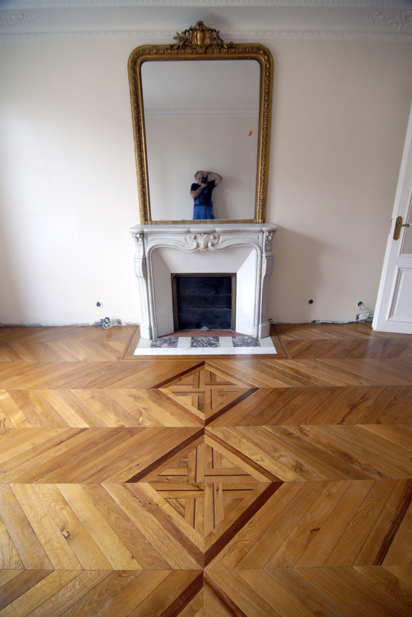 atelier des granges french parquet chevron hard wood floor 7 645. Black Bedroom Furniture Sets. Home Design Ideas