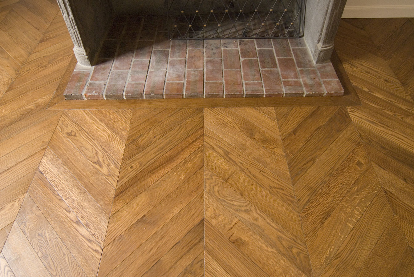 atelier des granges french parquet parquet chevron in a beautiful old apartment 483. Black Bedroom Furniture Sets. Home Design Ideas