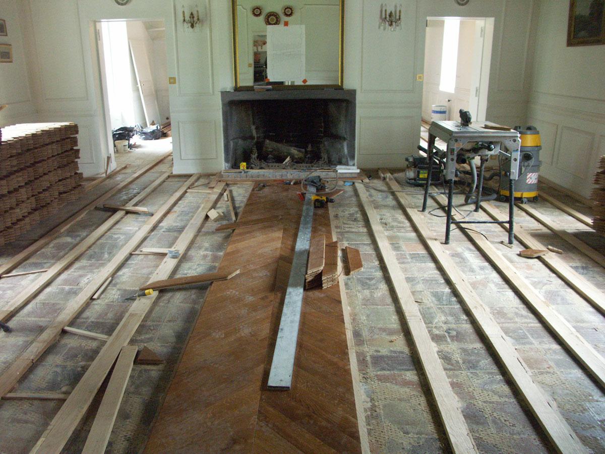 atelier des granges french parquet start of the work 489. Black Bedroom Furniture Sets. Home Design Ideas