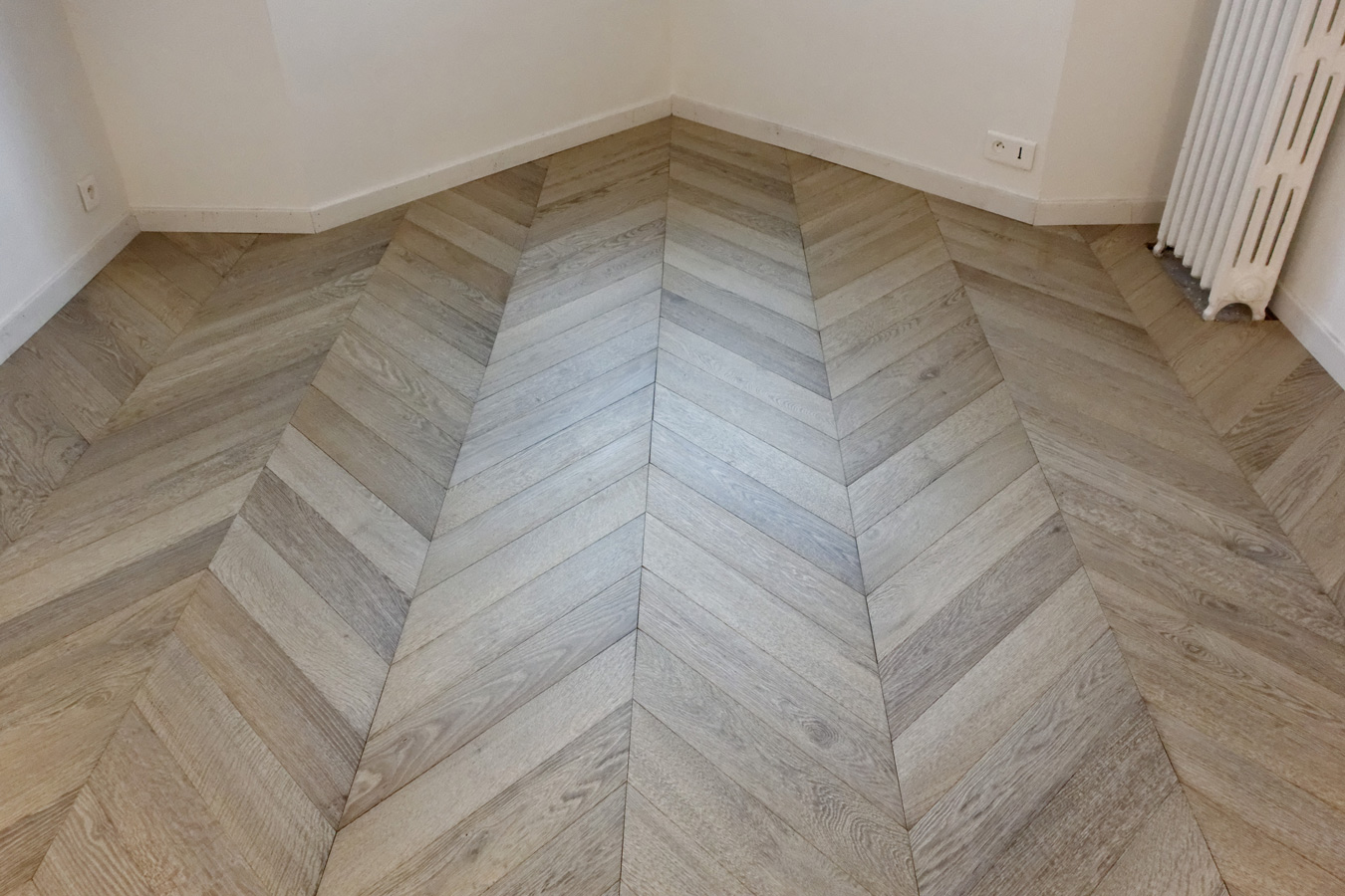 Atelier des granges french parquet general view of the floor laid 1001 - Parquet point de hongrie prix ...