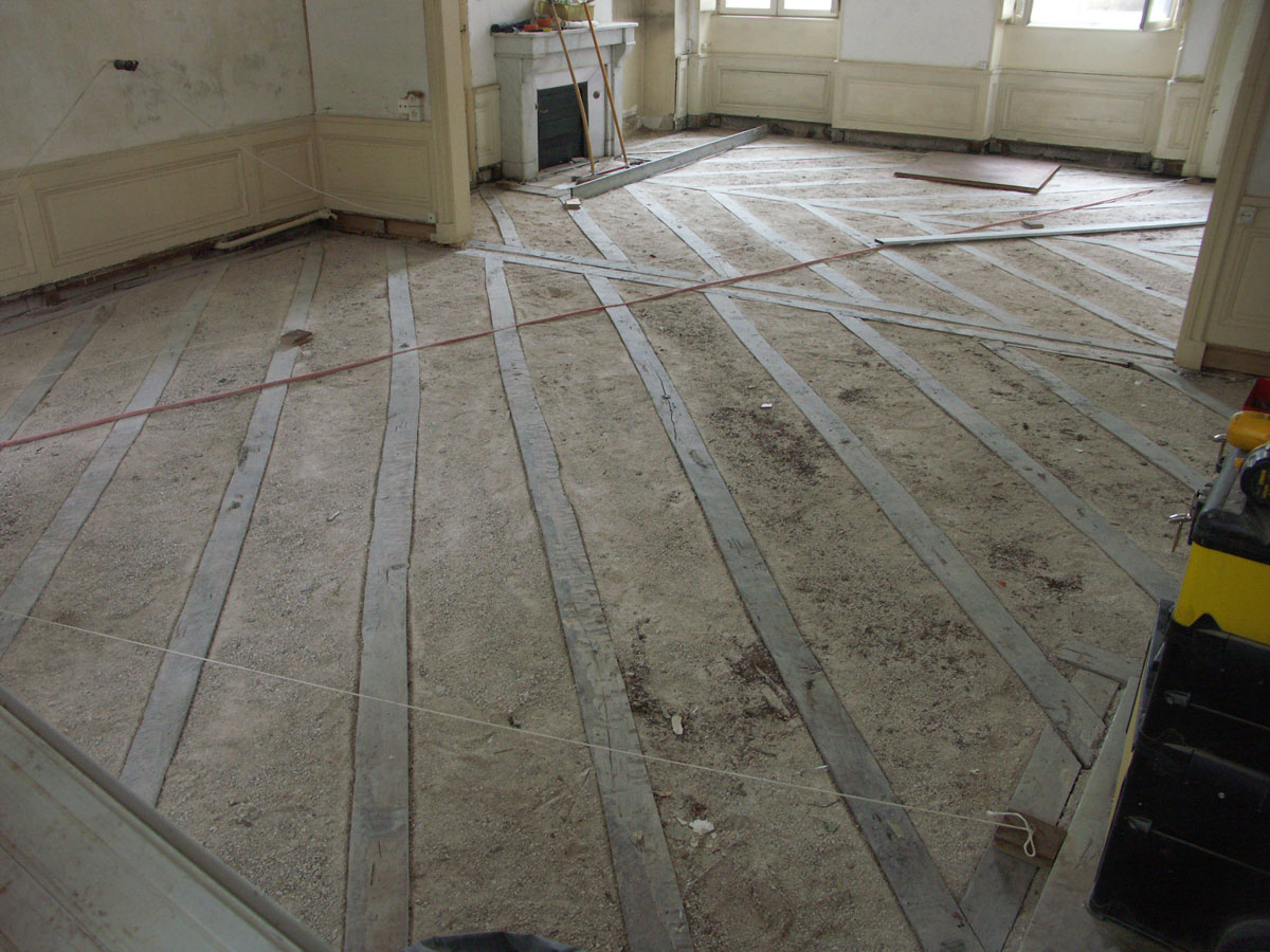 Atelier des granges french parquet the former joist - Creperie passage des deux portes versailles ...