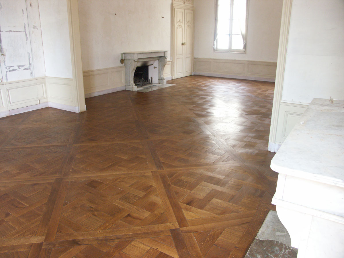 atelier des granges french parquet the laying parquet versailles is complete 507. Black Bedroom Furniture Sets. Home Design Ideas