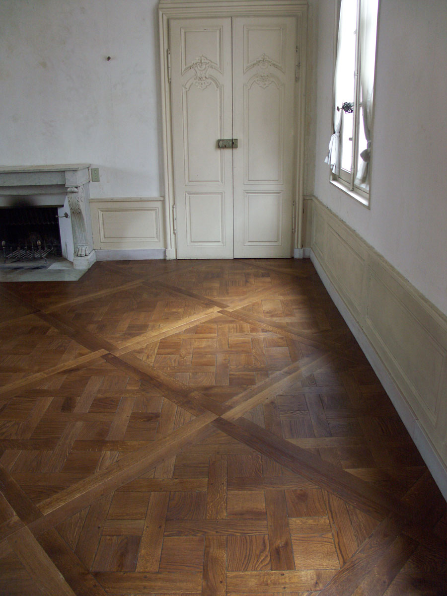 atelier des granges french parquet how the finishing parquet versailles beaming light 510. Black Bedroom Furniture Sets. Home Design Ideas
