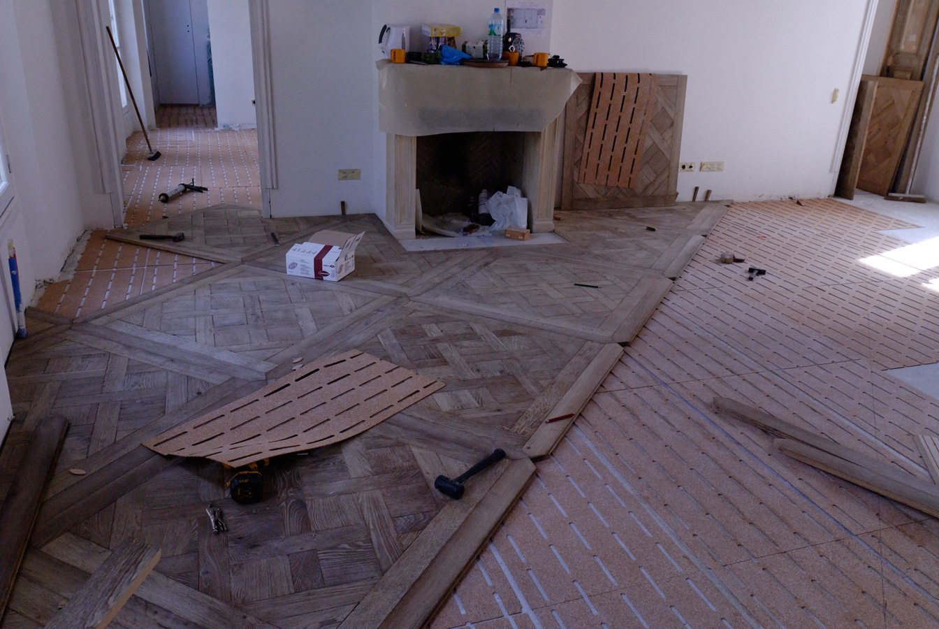 Panel parquet Versailles in oak grey washed