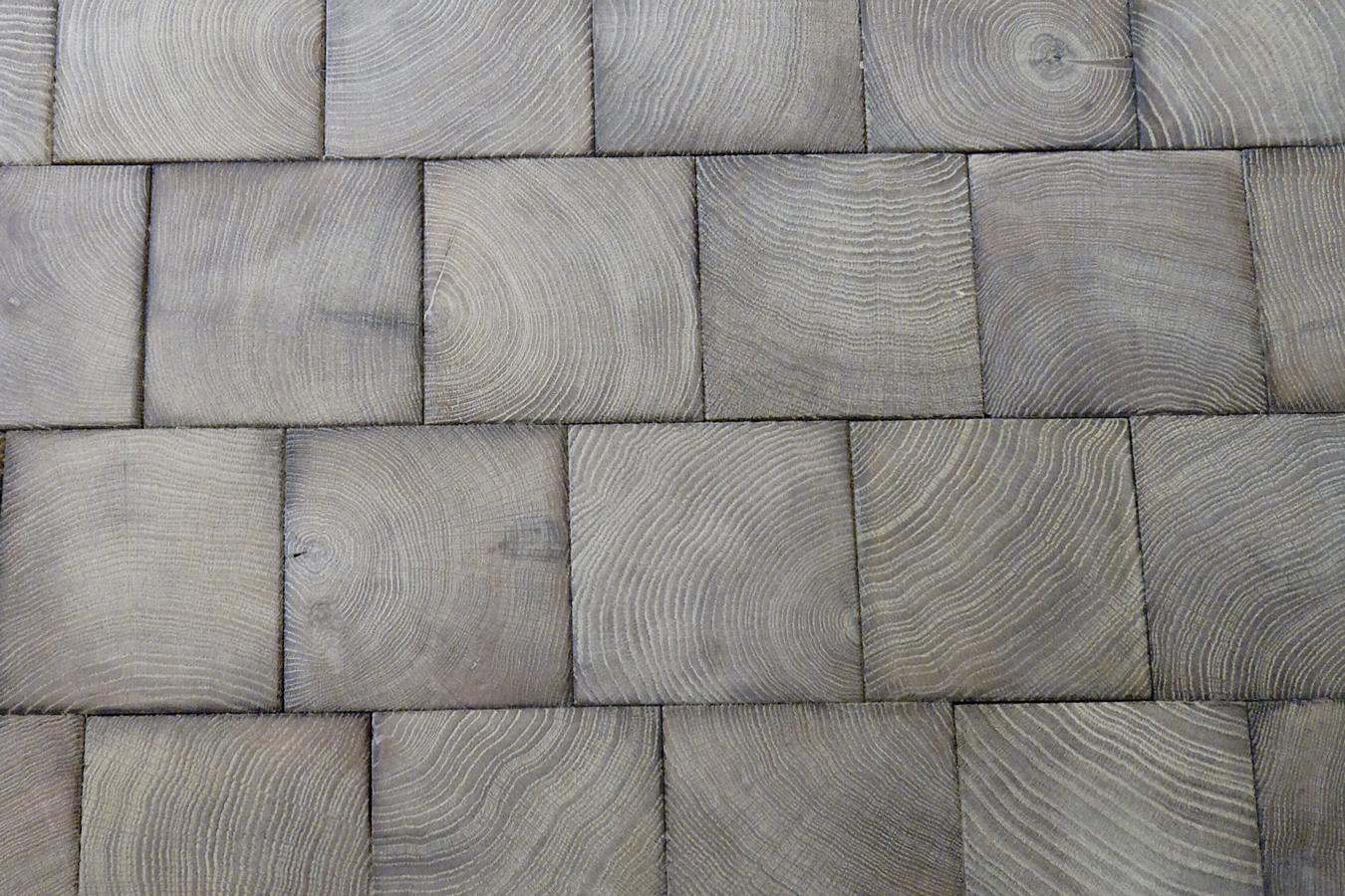 gros plan sur les pav s gris en bois debout parquet gris n 717. Black Bedroom Furniture Sets. Home Design Ideas