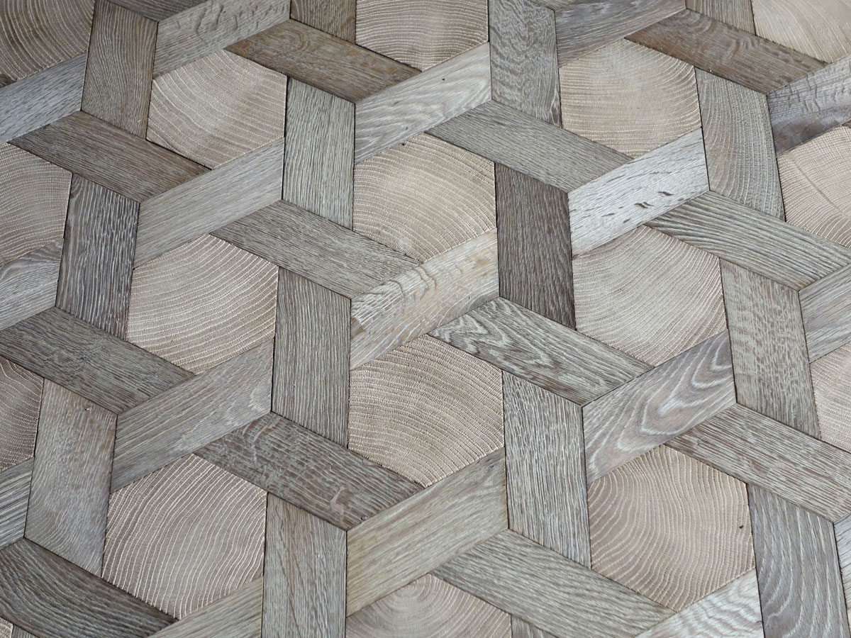 Hexagon carpets oak