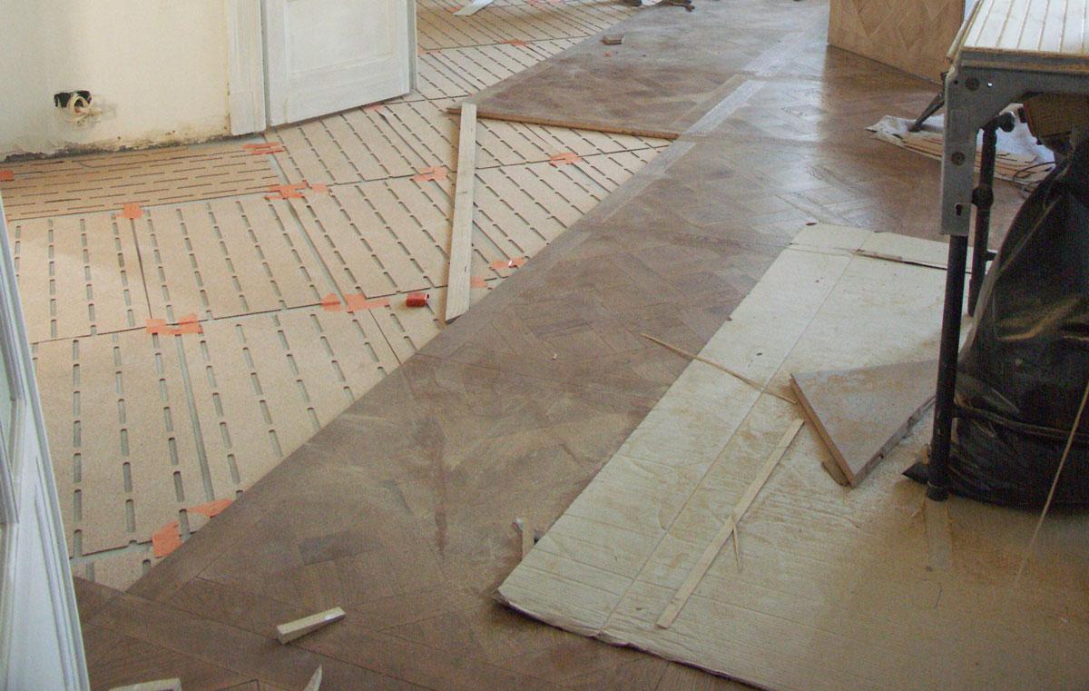 Photo petite salle de bain moderne amiens maison travaux for Combien coute une salle de bain complete