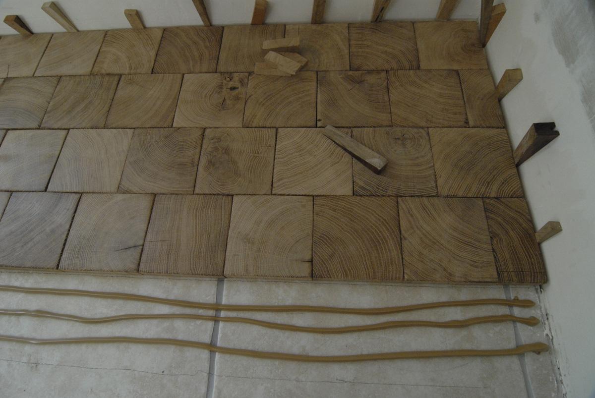 Atelier des Granges (French parquet)  end grain wood