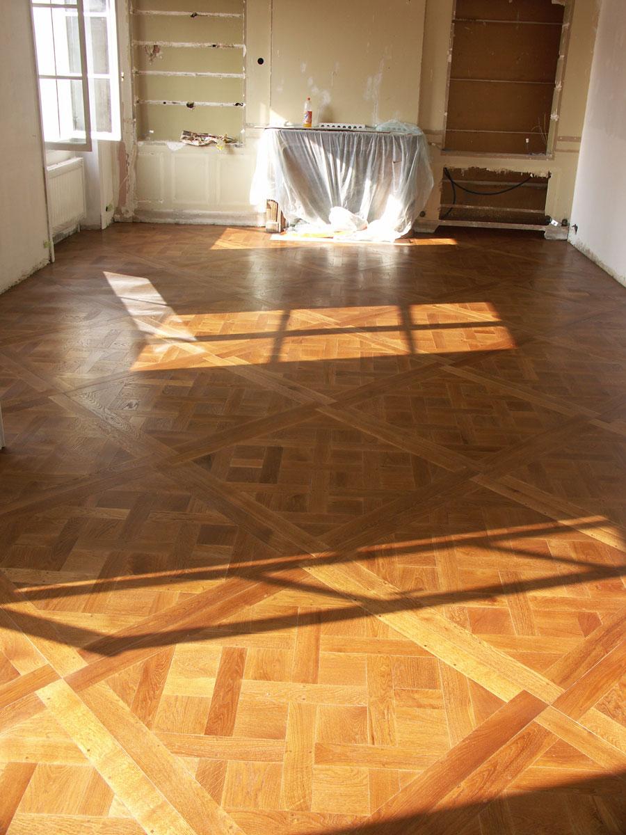 vue d 39 ensemble de la pi ce un point de hongrie original paris n 614. Black Bedroom Furniture Sets. Home Design Ideas