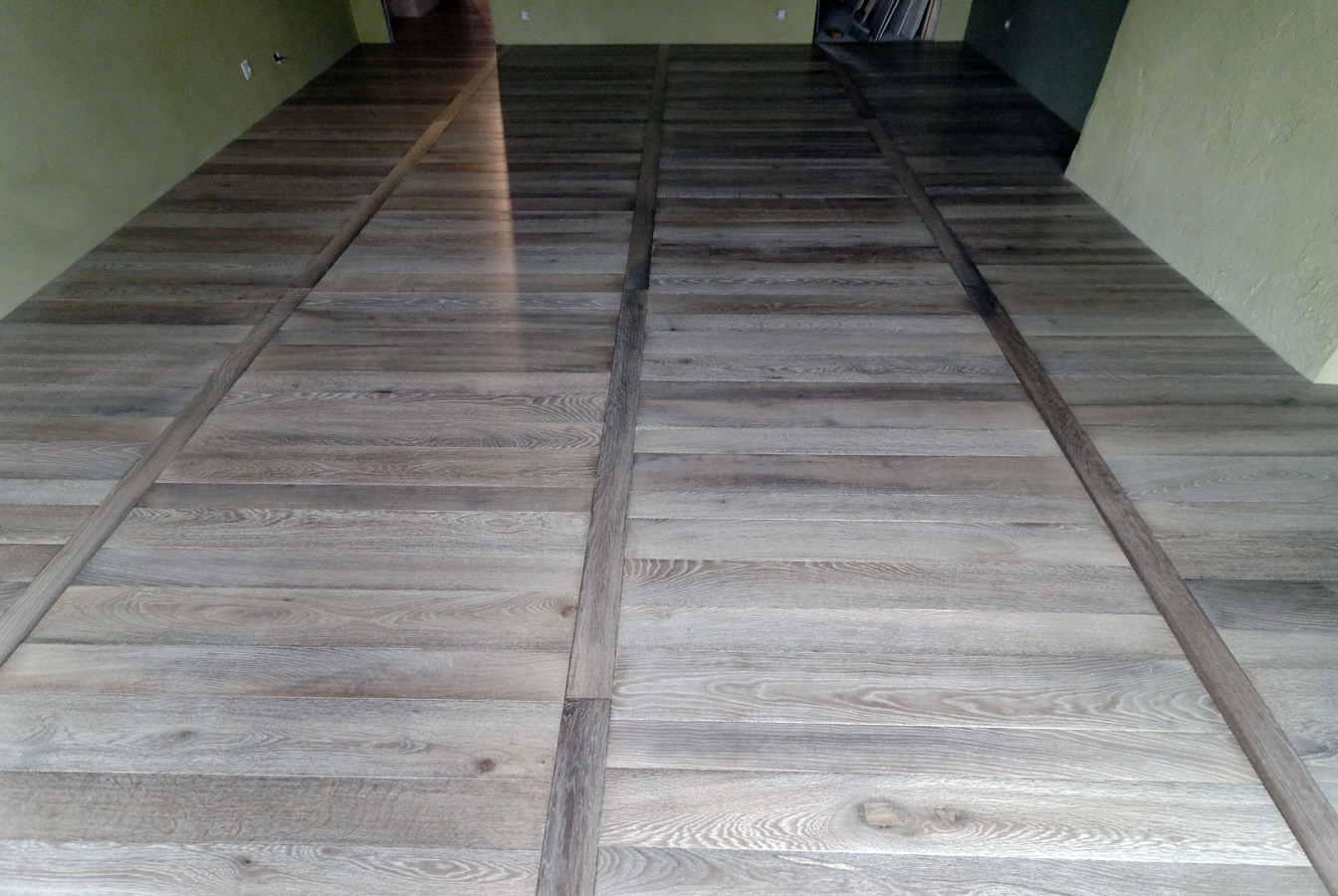 Parquet floor in oak